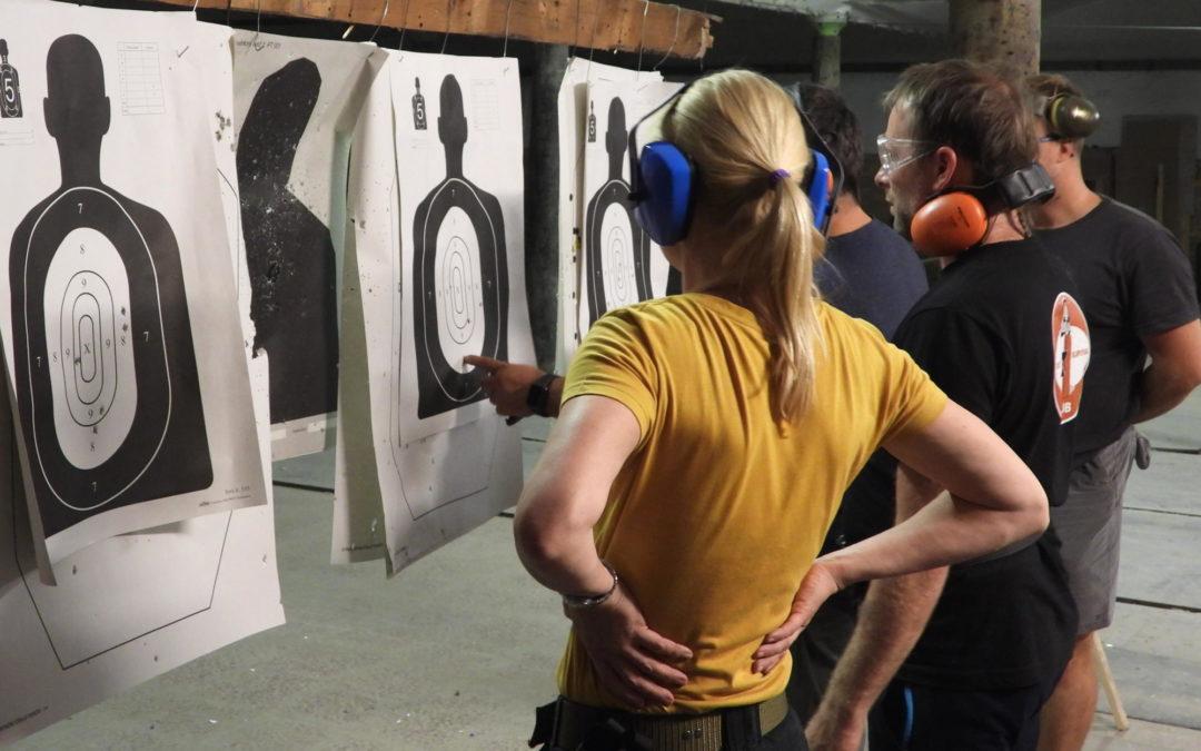 seminář: Použití krátké střelné zbraně pro sebeobranné účely
